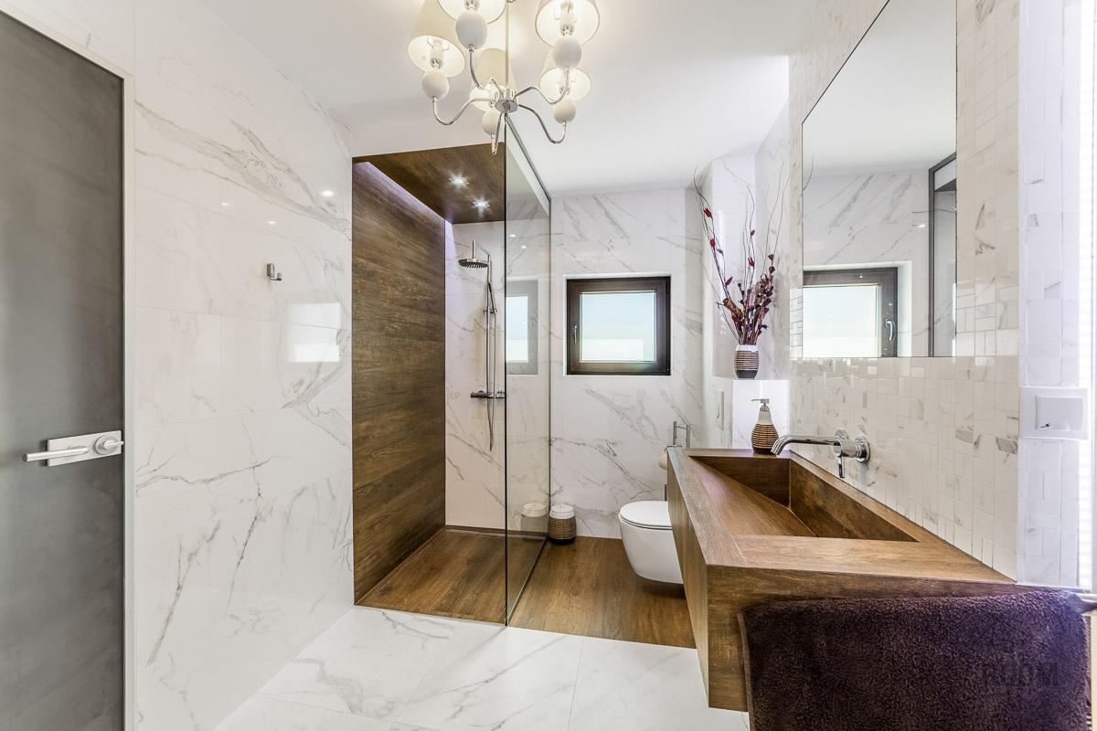 poze baie de lux